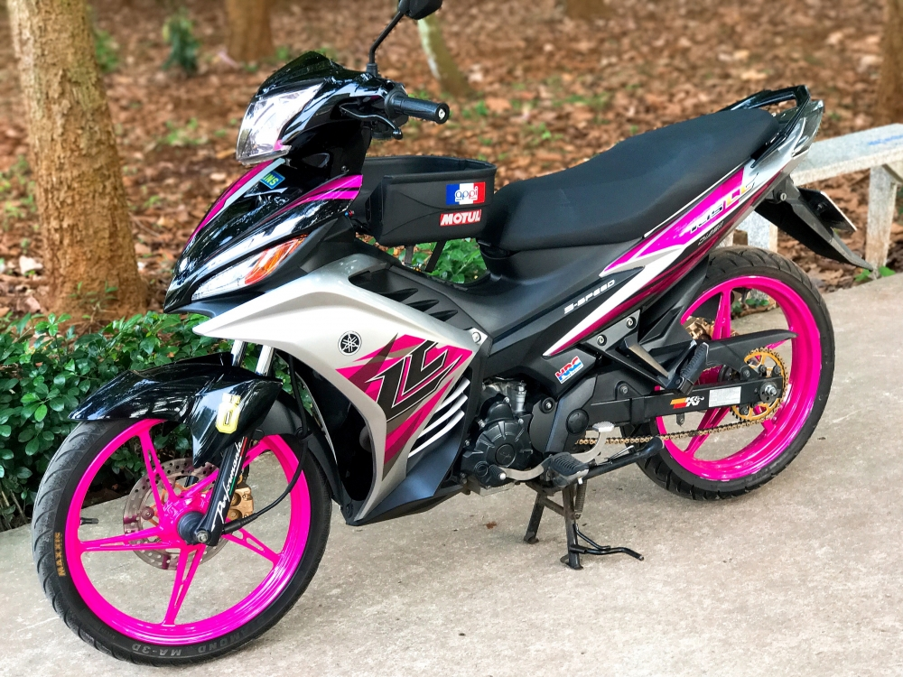 Exciter 135 do kieng nhe tao an tuong voi bo canh LC sac hong - 6