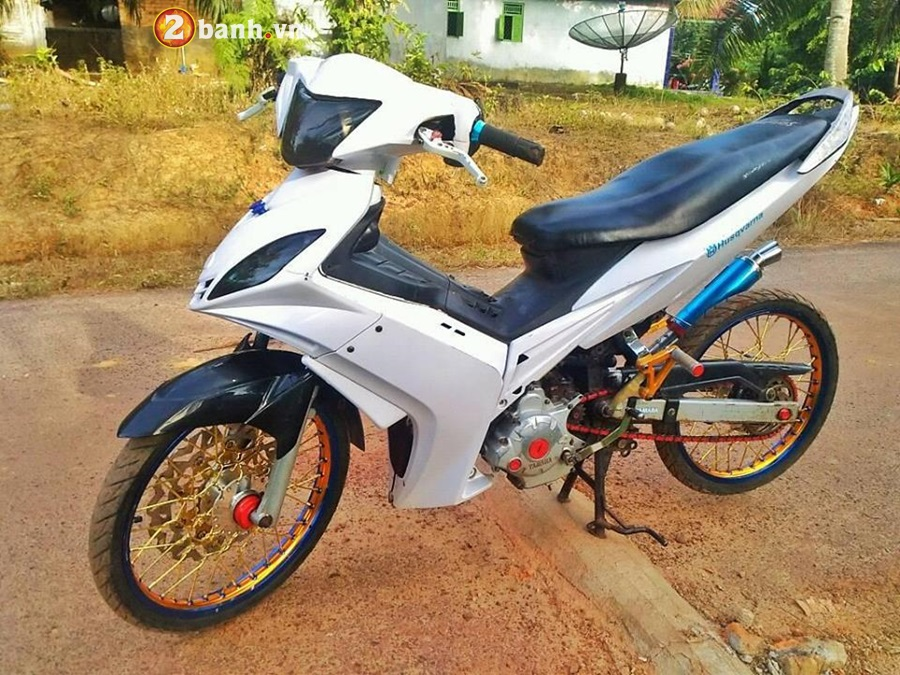 Exciter 135 do phong cach cop day manh me cua Biker Malaysia - 4