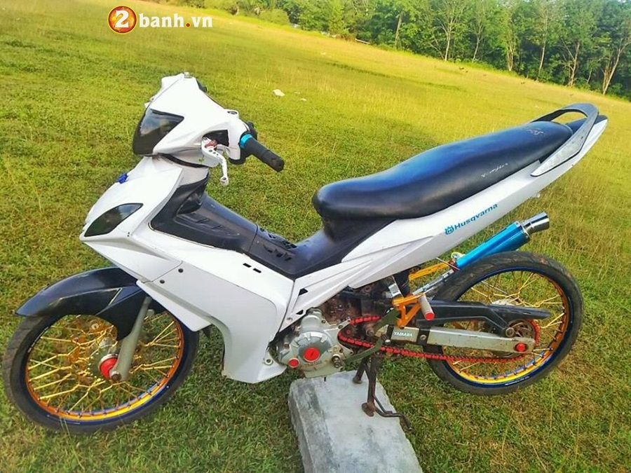 Exciter 135 do phong cach cop day manh me cua Biker Malaysia - 6