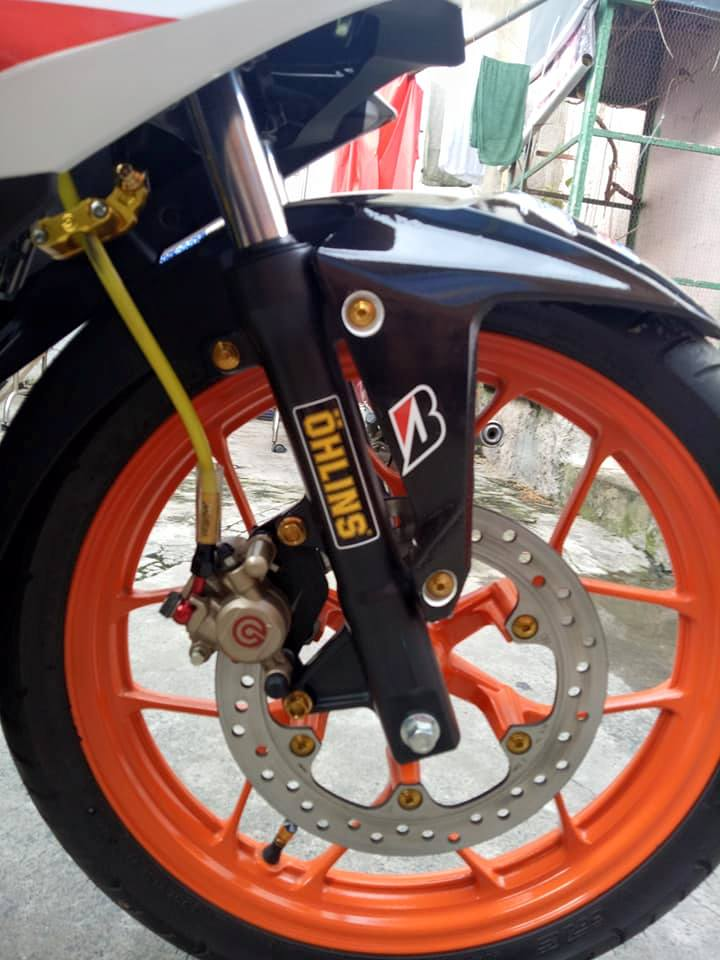 Winner 150 do leng keng voi bo canh Repsol dam chat the thao - 4