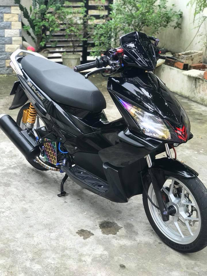 Can canh Air Blade do chat voi dan dau cong nghe cao - 3