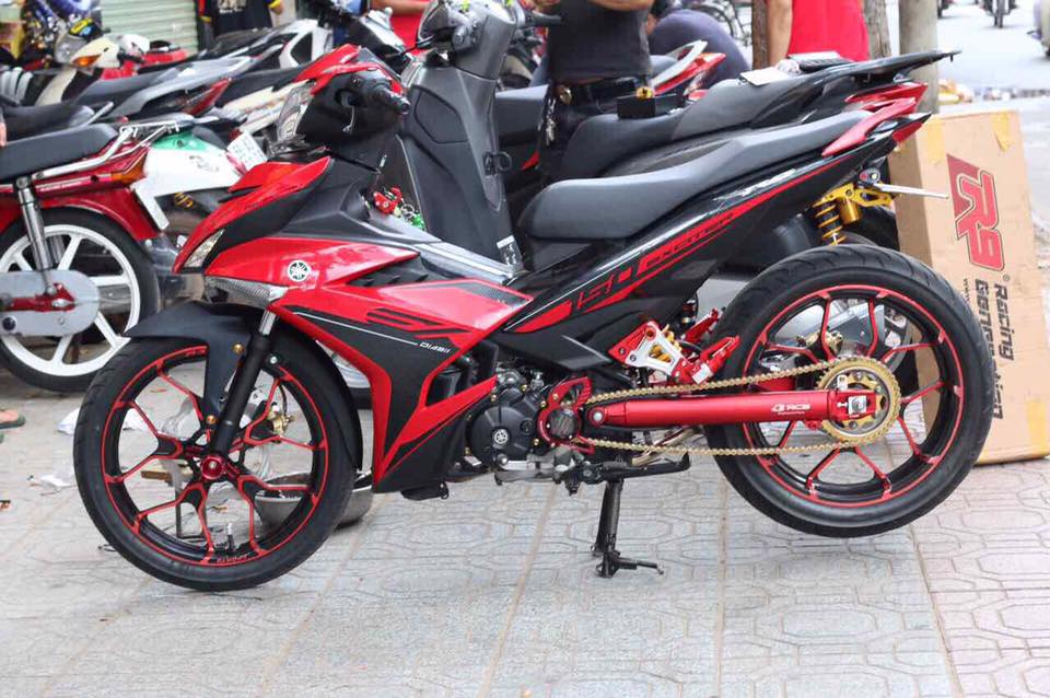 Exciter 150 do manh tay voi dan chan luc luong - 3