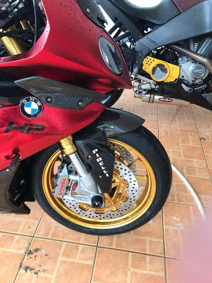 BMW S1000RR Ca map Shark goi cam cung tong mau Red Candy - 5