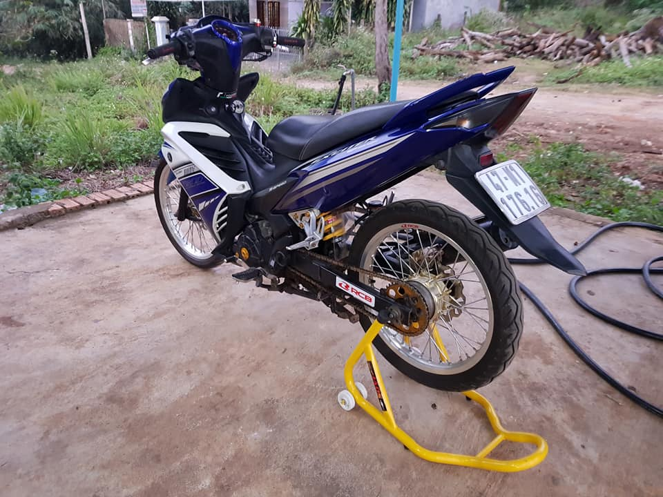 Exciter 135 do suy dinh duong voi dan chan mong manh - 6
