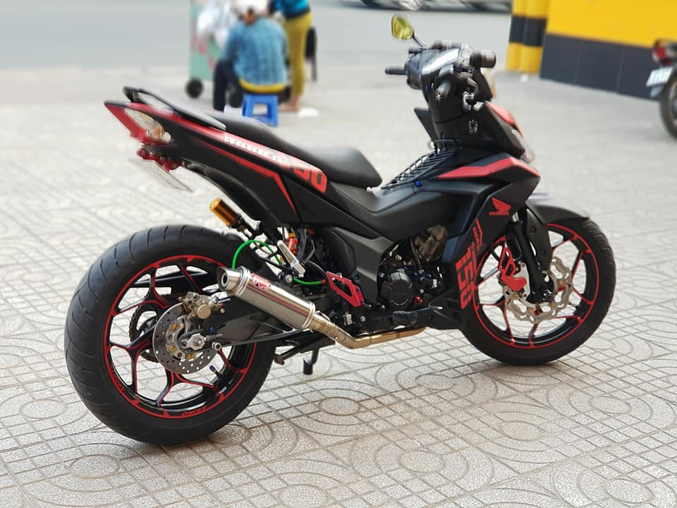 Winner 150 do chat ngat ngay voi gap KTM 390 cua biker Viet - 5