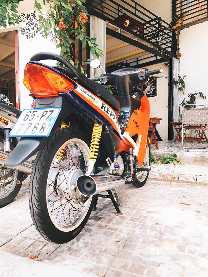 Wave A do phong cach Repsol day an tuong - 7