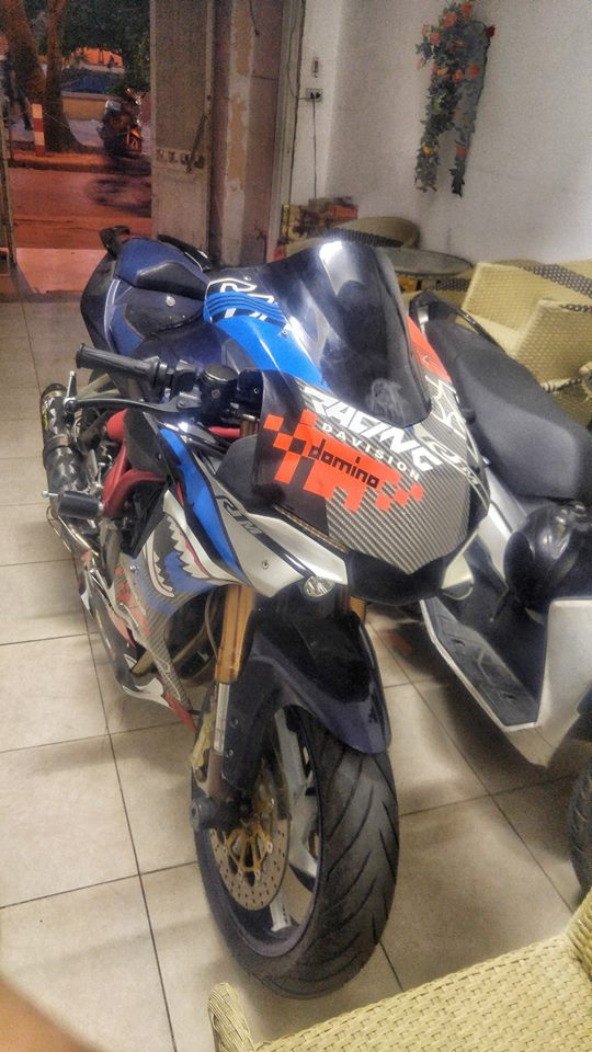 Benelli BJ600GS ban do day sang tao voi than hinh Yamaha R1 - 3