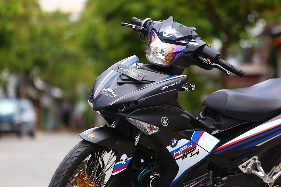 Exciter 150 do phong cach HP4 BMW day the thao - 3