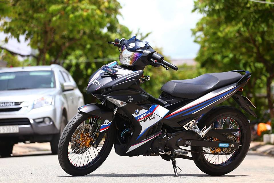 Exciter 150 do phong cach HP4 BMW day the thao - 5