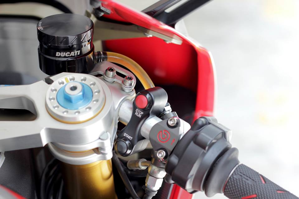 Man nhan voi Superbike Ducati 1299 Panigale S do cuc chat - 5