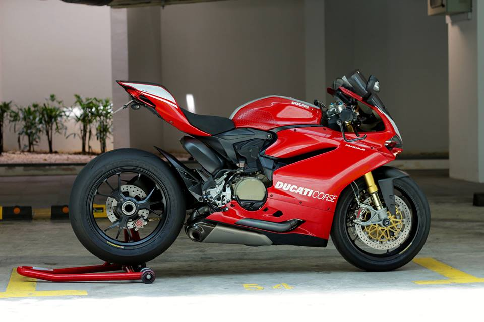 Man nhan voi Superbike Ducati 1299 Panigale S do cuc chat - 10