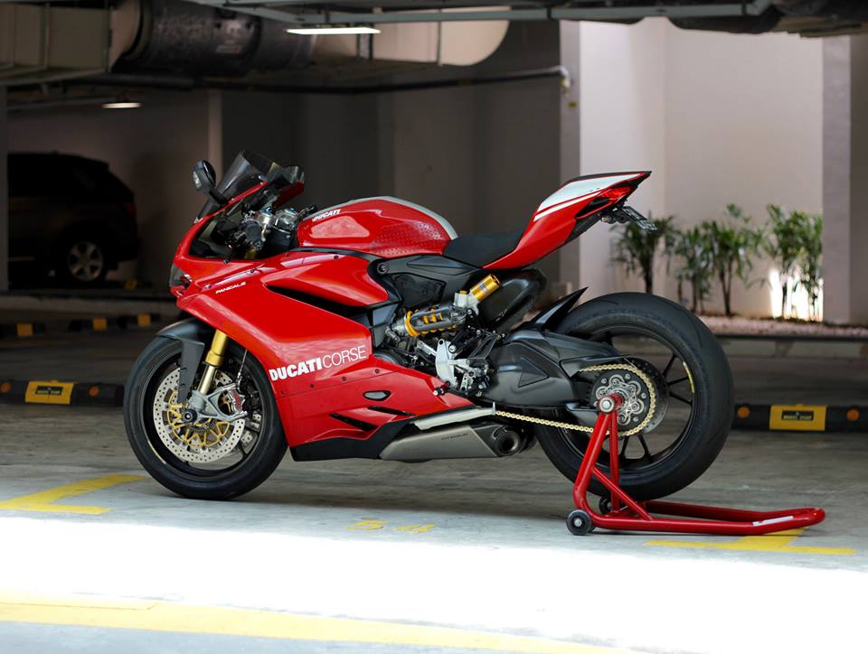 Man nhan voi Superbike Ducati 1299 Panigale S do cuc chat - 18