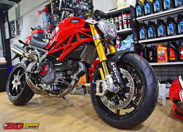 Ducati Monster 1100S do cuc chat voi dan chan khung - 12