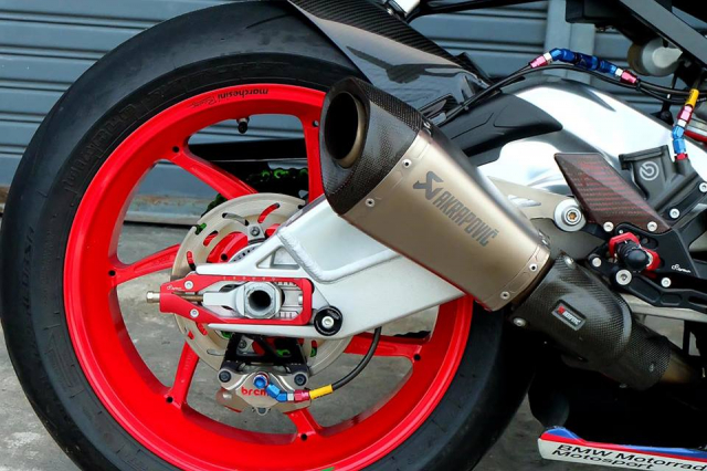 BMW S1000RR Quy du trong bo canh do cuc chat - 12