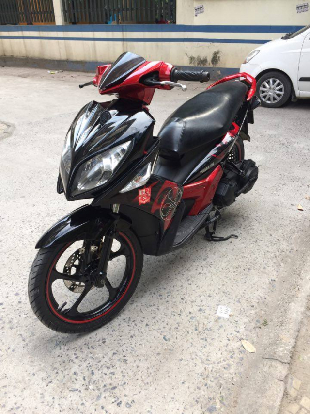 Rao ban xe Yamaha Nouvolx 135 Limited do den rat moi may chay cuc phe - 4