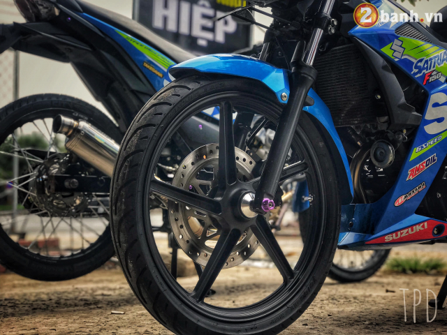 Satria F150 do option vu khi hang nang cua Biker Viet - 4