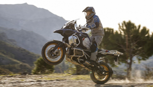 BMW R1250GS va R1250GS Adventure ra mat tai An Do voi gia tu 549 trieu VND - 6