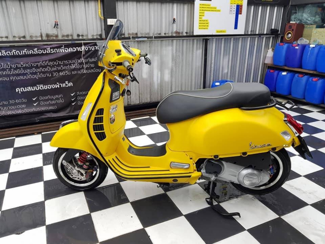 Vespa GTS ban do ca tan do choi den tu xu chua vang - 9