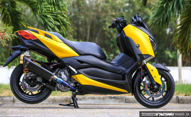 Yamaha XMax300 do full kieng voi dien mao Yellow Sporty cuc tuoi tan - 11