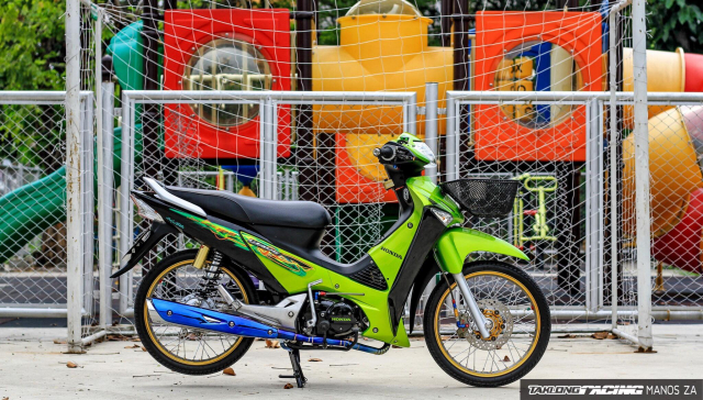Wave 125 do con ket xanh voi option do choi cang det cua biker Thai - 3