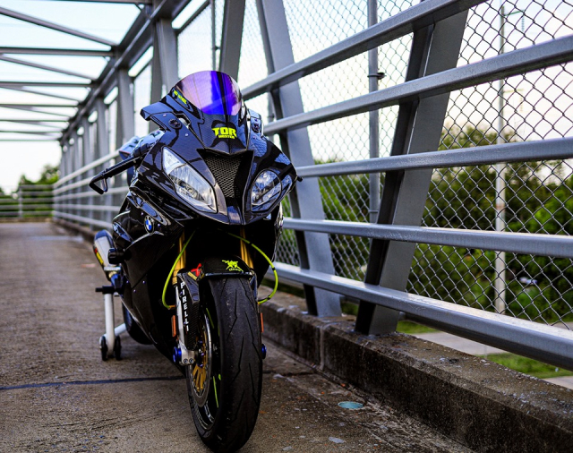 BMW S1000RR do Sieu pham Ca map duong pho Full Option - 6