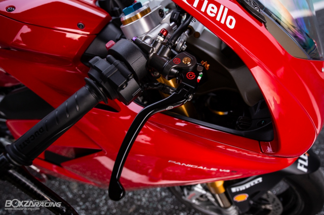 Ducati Panigale V4 S do Ban dung voi phong cach dao pho - 3
