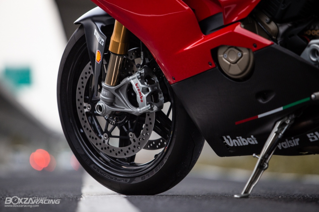 Ducati Panigale V4 S do Ban dung voi phong cach dao pho - 31