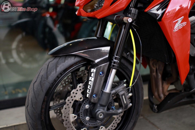 Kawasaki Z1000 do an tuong voi phong cach Do Sporty - 7