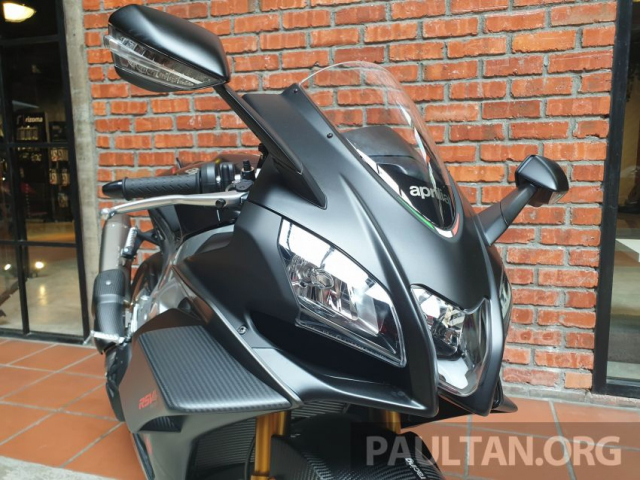 Can canh Aprilia RSV4 1100 Factory 2019 voi gia gan 1 ty VND - 7