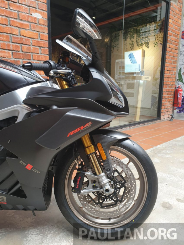 Can canh Aprilia RSV4 1100 Factory 2019 voi gia gan 1 ty VND - 16