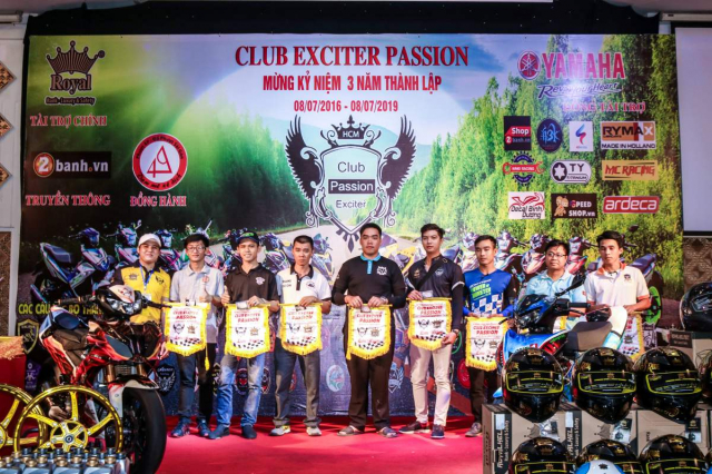 Club Exciter Passion 3 nam mot chang duong voi dong xe Yamaha Exciter - 23