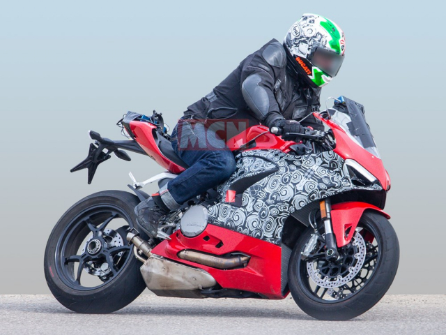 Ducati Panigale V2 SuperSport 2020 se la phien ban thay the Panigale 959 hien tai - 5