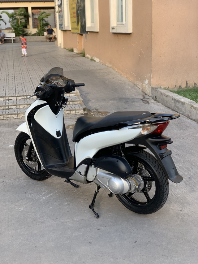 _ Can Ban HONDA SH 125i viet kieu Y Trang Den Sporty so may 5006 dang ky lan dau 2011 odo 13k - 6
