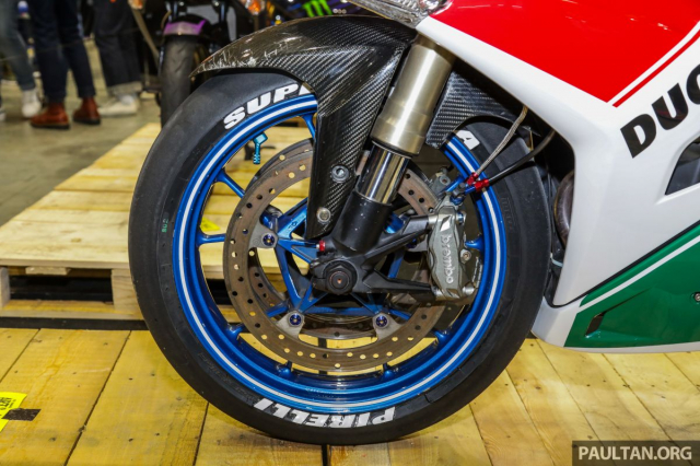Exciter 150 lot xac sieu doc voi phong cach Ducati Panigale Final Edition - 4