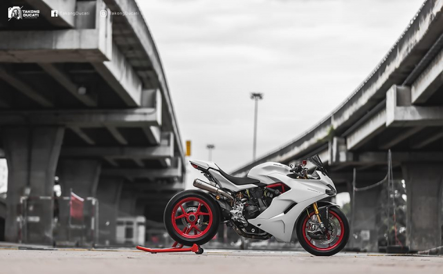 Ducati SuperSport S do day me hoac voi phong cach Superbike - 19