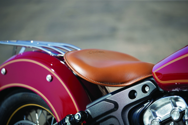Indian tiet lo Scout Bobber Twenty va Scout 100th Anniversary moi voi ngoai hinh hoan hao - 12