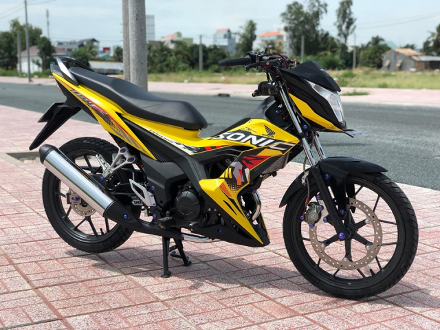 Sonic 150 do day suc hut voi bo canh vang ong anh lung linh - 10