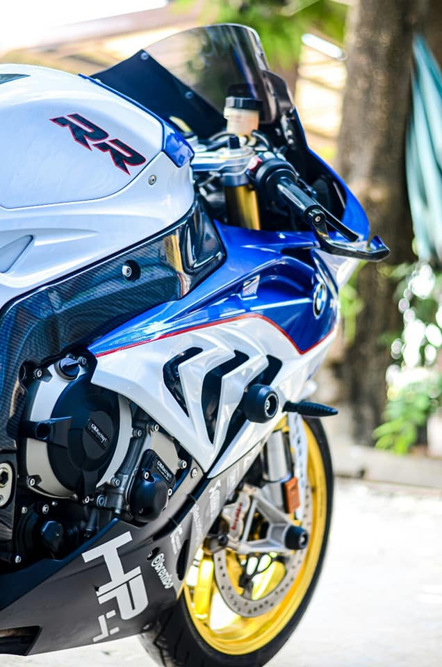 BMW S1000RR do kich tinh trong dien mao HP4 - 4