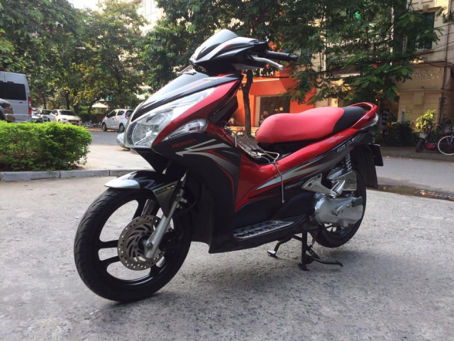 Honda Airblade 110 Fi dau to do den Sports bien HN - 5