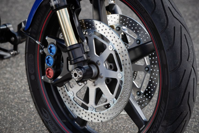 Ra mat Arch Motorcycle KRGT1 2020 voi gia gan 2 ty VND - 5