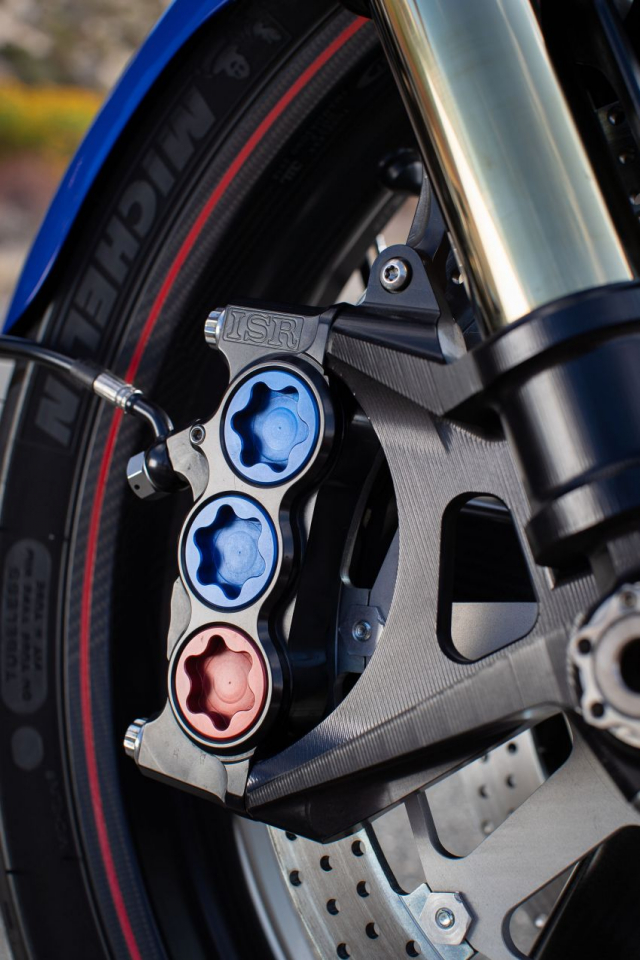 Ra mat Arch Motorcycle KRGT1 2020 voi gia gan 2 ty VND - 4