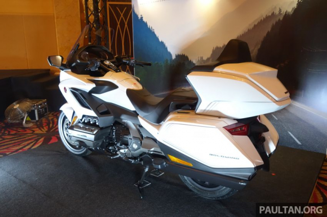 Can canh Honda GL1800 Gold Wing 2020 voi gia tu 12 ty VND - 13