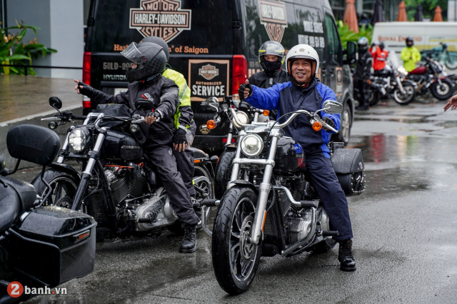 Theo chan anh em HarleyDavidson tien ve Can Tho trong su kien Weekend We Ride - 6
