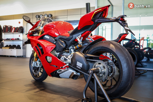 Can canh Ducati Panigale V4 S 2020 gan 1 ty tai Viet Nam - 32