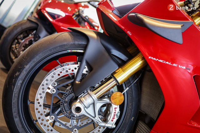 Can canh Ducati Panigale V4 S 2020 gan 1 ty tai Viet Nam - 14
