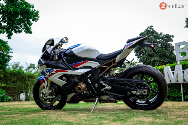 Can canh BMW S1000RR phien ban MPerformance voi gia hon 1 ty dong tai Viet Nam - 29